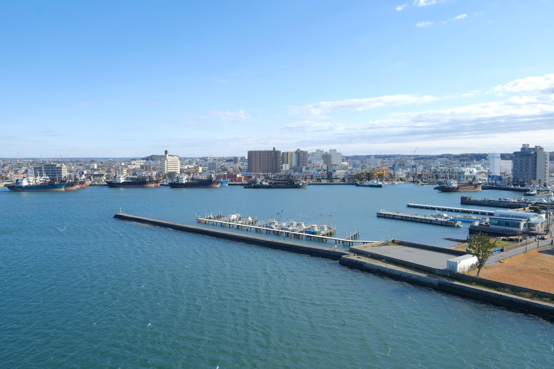木更津港 中の島