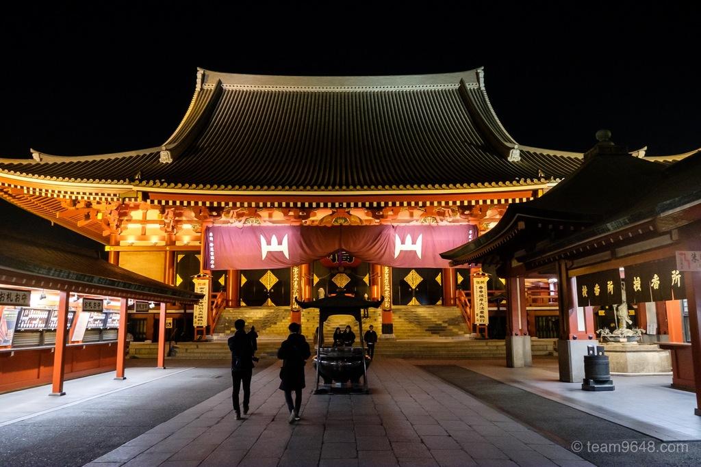 浅草寺 本堂 ライトアップ